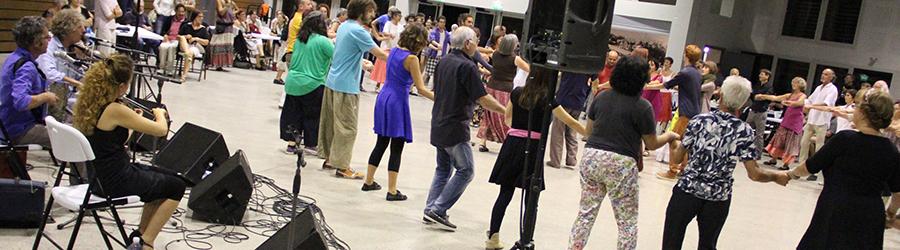 Un balèti avec les danses du Poitou
